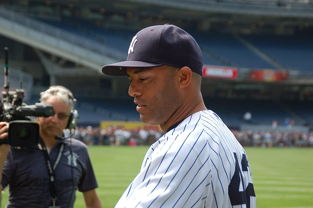 1024px-Mariano_Rivera_during_team_photo_day_8-5-12_7719826546